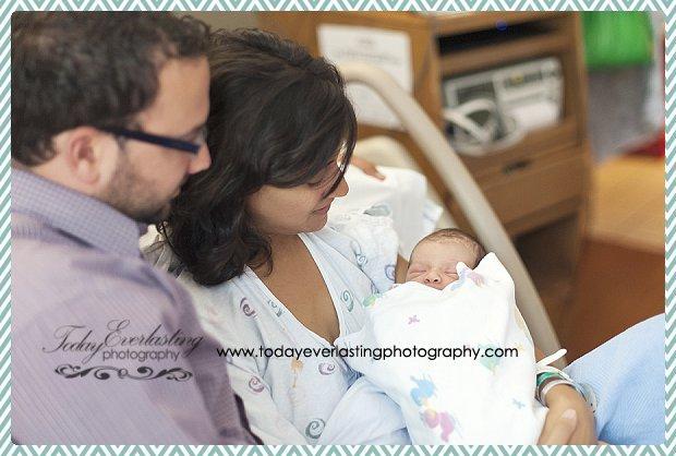 Morris, IL Newborn Hospital Photographer Ramos007