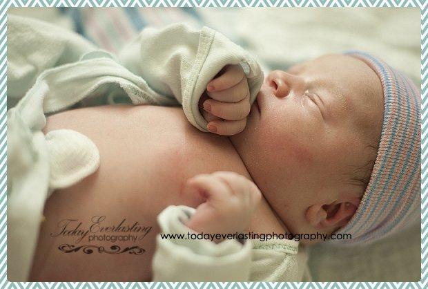 Morris, IL birth photographer Daniels 083