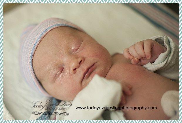 Morris, IL birth photographer Daniels 084