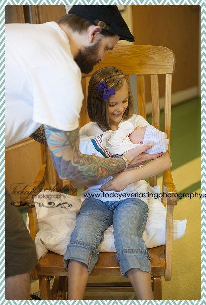 Morris, IL birth photographer Daniels 112