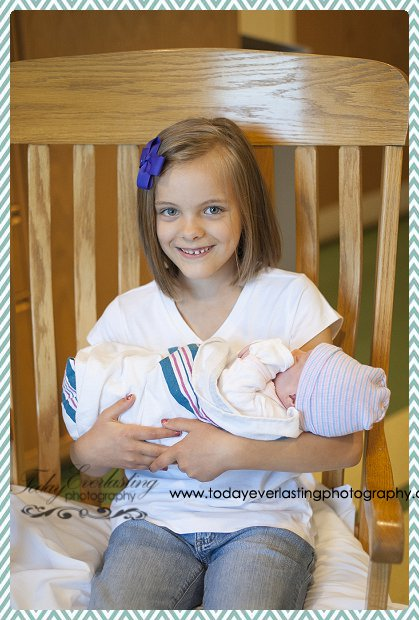 Morris, IL birth photographer Daniels 114